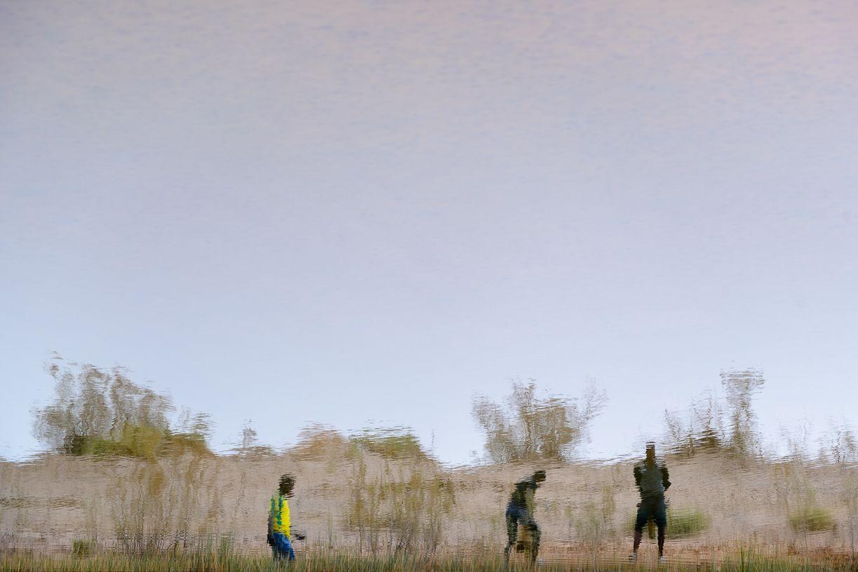 3 man Reflection