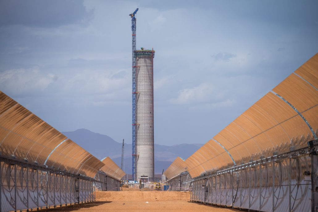 Construction of solar power station