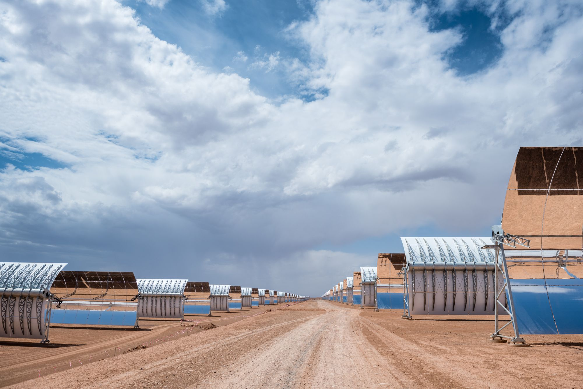 Construction of solar power station