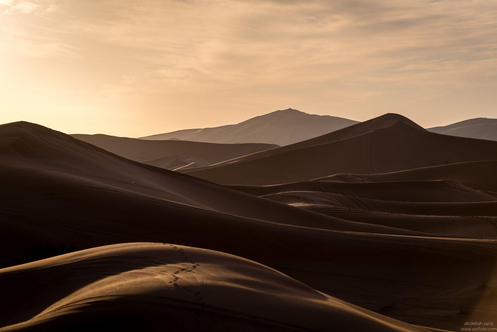 sand boarding in Morcco's desert by Photographer abdellah azizi Morocco