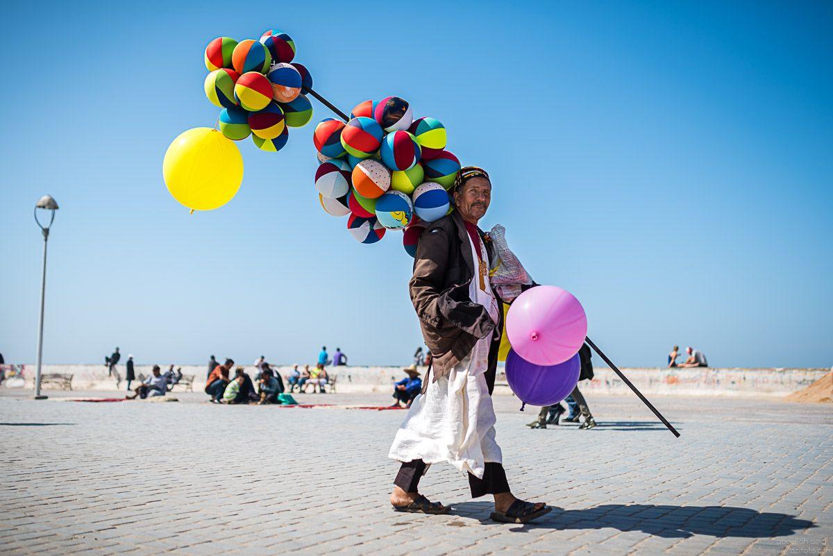 Balloons vendor, Essaouira, Morocco